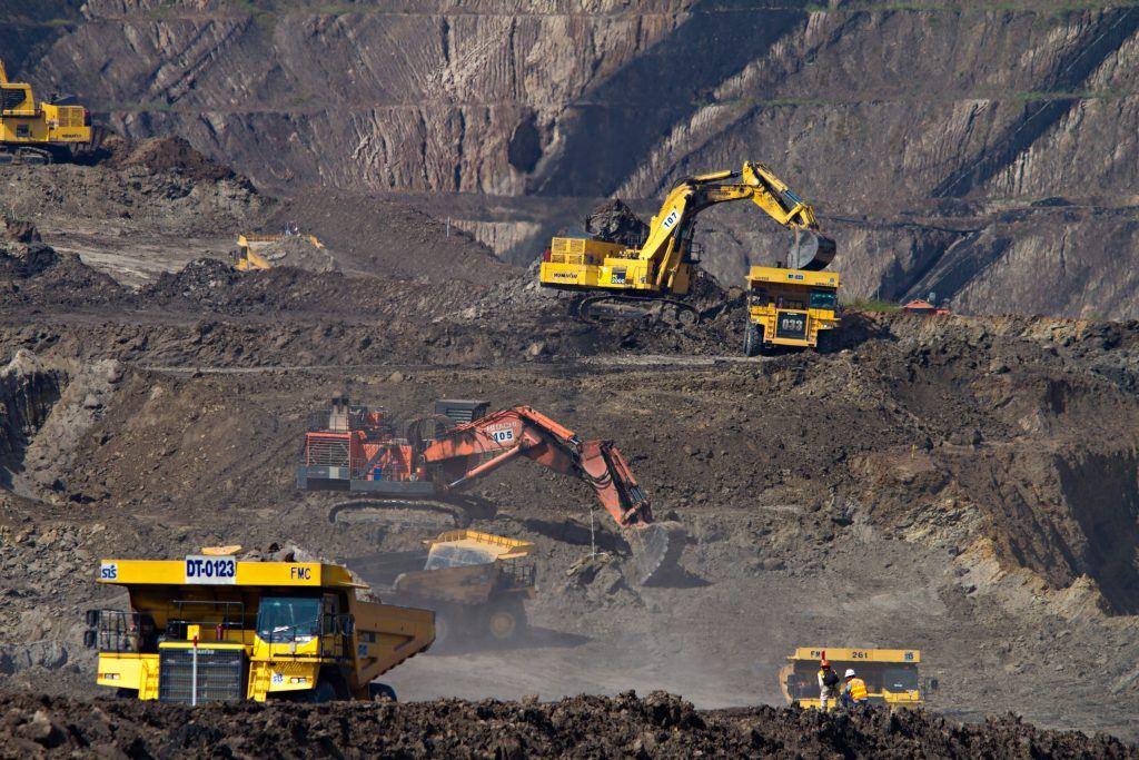 Mining Financial modeling